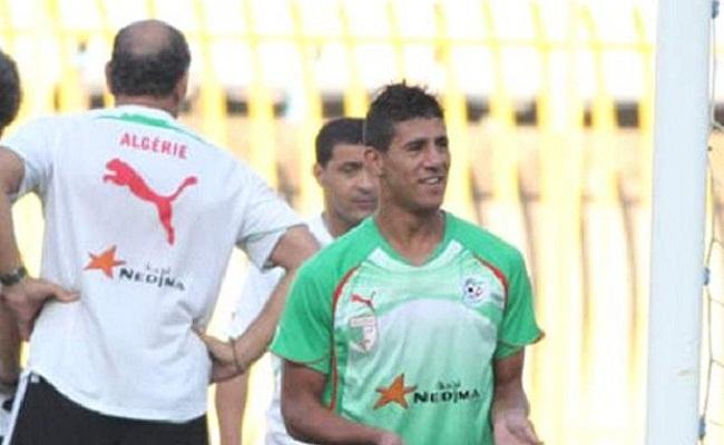 مهاجم الجزائر لا يُفضل ملعب