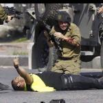 تمديد اعتقال جندي إسرائيلي متهم بقتل فلسطيني