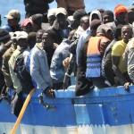 إنقاذ أكثر من 160 مهاجرا أفريقيا في ليبيا