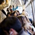 كاليفورنيا تمنع المزعجين من ركوب الحافلات
