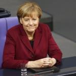 فيديو  أزمة اللاجئين تهدد بقاء ميركل وحزبها في السلطة الألمانية