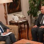 مصر تؤكد دعمها لفلسطين وتطالب إسرائيل الالتزام بالاتفاقات الدولية
