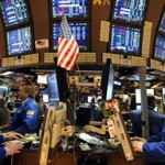 «وول ستريت» تفتح على انخفاض متأثرة بأسهم القطاع المالي