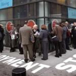 طلبات إعانة البطالة الأمريكية تقفز لمستوى قياسي