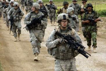 مسلحون يطردون جنودا أمريكيين من قاعدة جوية في ليبيا