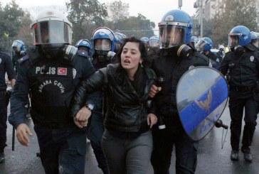 برلمانيون أوروبيون يوافقون على إعادة مراقبة حقوق الإنسان في تركيا