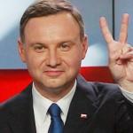 الرئيس البولندي يختار رئيسة جديدة للوزراء بشكل رسمي