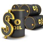 النفط يقفز 10% بدعم إقبال المستثمرين على تغطية مراكز بيع