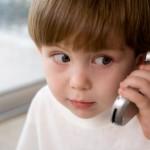 كندا.. طفل يتصل بالشرطة للإبلاغ عن قيادة والدته السيارة وهي مخمورة