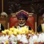 السلطان قابوس يفتتح أعمال البرلمان العماني في أول ظهور علني منذ 8 شهور