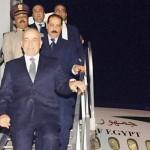بعد زيارة لبحث التعاون العسكري.. رئيس أركان الجيش المصري يعود من فرنسا