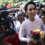 أوباما والأمم المتحدة يهنئان زعيمة معارضة ميانمار للفوز بالانتخابات