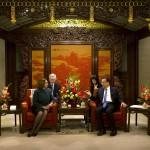 زعيمة الديمقراطيين الأمريكية تلتقي رئيس وزراء الصين بعد زيارة للتبت