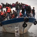 وفاة طفلين مهاجرين عمرهما 3 و5 سنوات في اليونان