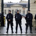 إيطاليا تشدد القيود على حدودها عقب هجمات باريس