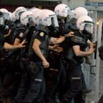 تركيا تعتقل 3 أشخاص يشتبه أنهم أعضاء بتنظيم