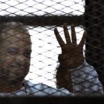 محكمة مصرية تخفف أحكاما بالسجن ضد قيادات إخوانية في