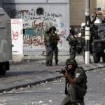 إطلاق النار على فلسطينيين اثنين بزعم محاولتهم دهس إسرائيليين