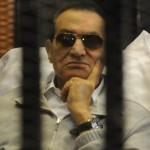 بعد 5 سنوات.. مبارك مازال يرفع شعار «موجود يا فندم» و«أنكرها تماما»