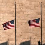 أمريكا تنكس الأعلام احتراما لضحايا تفجيرات باريس