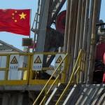 من المستفيد الحقيقي من ارتفاع أسعار النفط؟