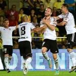 نيفيل يبحث عن انتصاره الأول مع فالنسيا في الدوري الإسباني