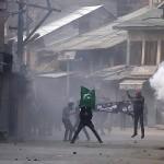 مقتل 15 في اشتباكات بين القوات الهندية ومتظاهرين في كشمير
