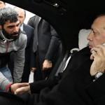 فيديو| أردوغان يقنع مواطنا بالتراجع عن الانتحار