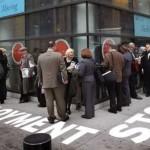 هل يفقد ملايين الأمريكيين إعانات البطالة اليوم؟