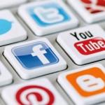 أوباما يدعو الشركات لفرض قيود على وسائل التواصل الاجتماعي
