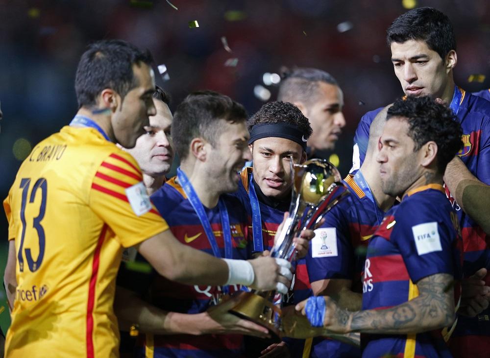ميسي وسواريز يمنحان برشلونة لقبا جديدا في كأس العالم للأندية