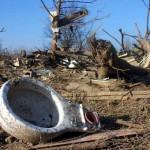 صور| قبل ساعات من أعياد الميلاد.. العواصف تقتل 14 أمريكيا