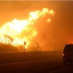 حريق غابات في قلب منطقة النفط الرملي بكندا يجبر الآلاف على الفرار