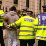 الشرطة البريطانية تناشد الجمهور مساعدتها في مكافحة الإرهاب