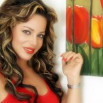 الأحمر والأخضر.. ألوان سوزان نجم الدين وأبنائها في الكريسماس