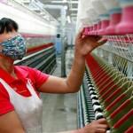 الصين تتعهد بتخفيف أعباء الشركات لتنشيط الاقتصاد