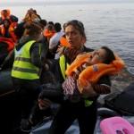 «اللاجئون».. قضية إنسانية استفادت منها الدول المستضيفة