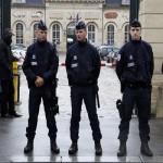 مصدر قضائي: القبض على «متطرف» قرب قاعدة عسكرية فرنسية