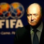 بلاتر يقول إنه التقى بوتين ويعتزم مشاهدة مباراة البرازيل وكوستاريكا