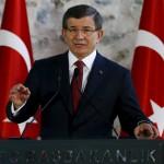 رئيس وزراء تركيا يطالب البرلمان برفع «الحصانة» عن جميع أعضائه