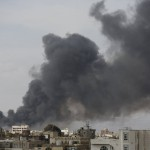 إصابة 4 مدنيين في قصف للحوثيين على أحياء سكنية في تعز