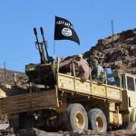 26 قتيلا على الأقل في هجوم على قاعدة للجيش جنوب اليمن