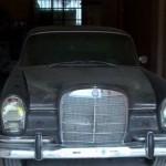 فيديو| عائلة لبنانية تتوارث هواية جمع وإصلاح السيارات القديمة