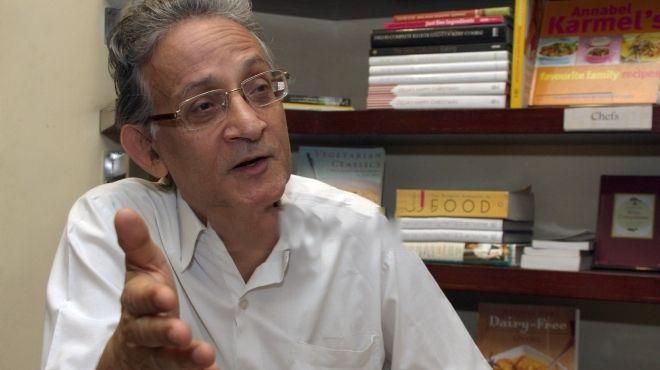 عبد الله السناوي: لننظر إلى المرآة لسنا في حاجة إلى المؤامرات
