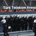 إخلاء ملعب مباراة القمة في الدوري التركي بعد تهديدات بهجوم إرهابي محتمل