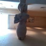 وزير الآثار المصرية يتفقد ترميمات متحف آتون في المنيا