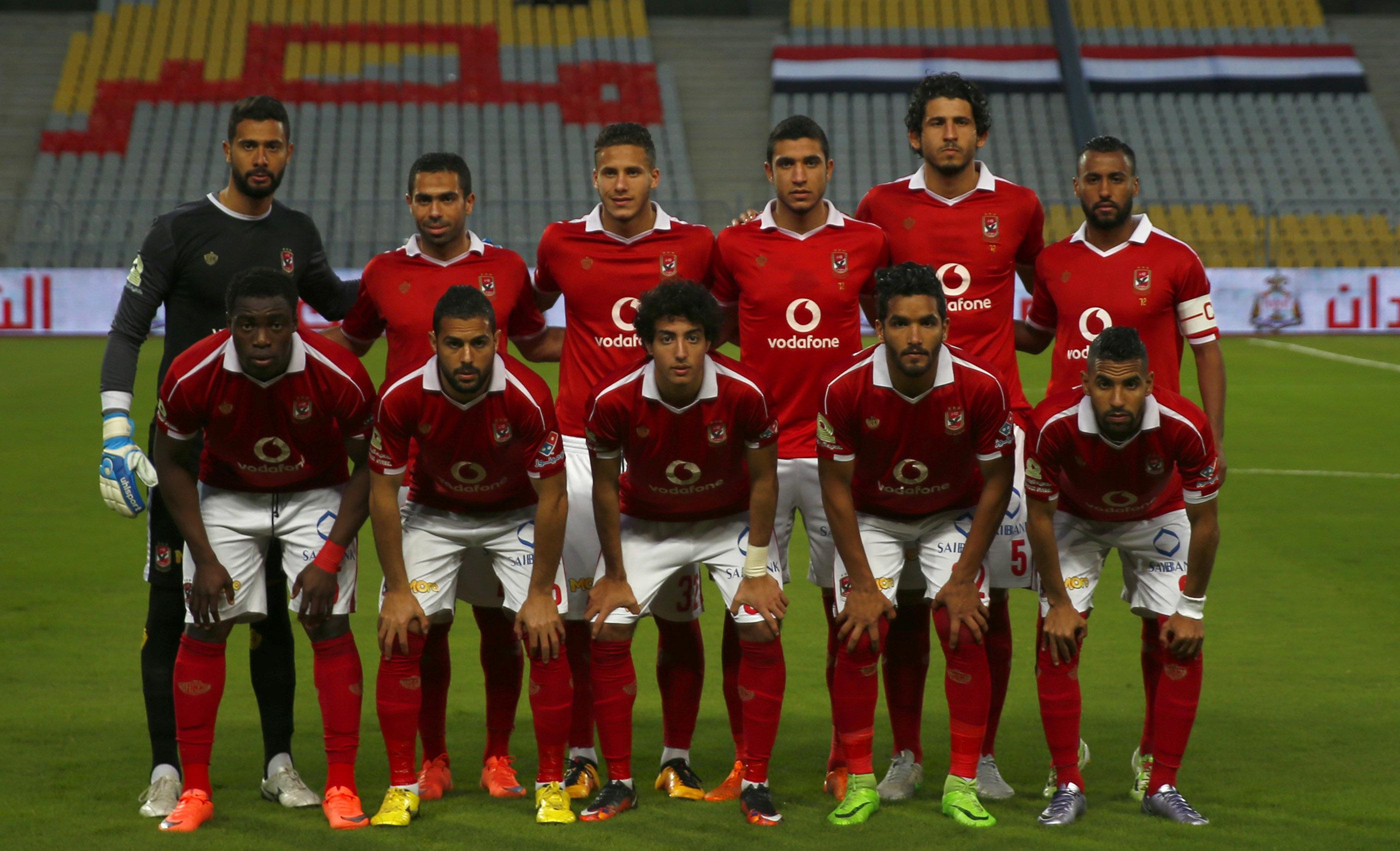 الأهلي يسعى للفوز على الإسماعيلي للاقتراب من لقب الدوري المصري