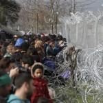 المفوضية الأوروبية: لن نتخلى عن اللاجئين إلى تركيا