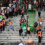 قتيلان و51 جريحا في أعمال شغب بين مشجعي كرة قدم بالدار البيضاء