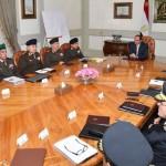 السيسي يستعرض الأوضاع الأمنية مع وزيري الدفاع والداخلية